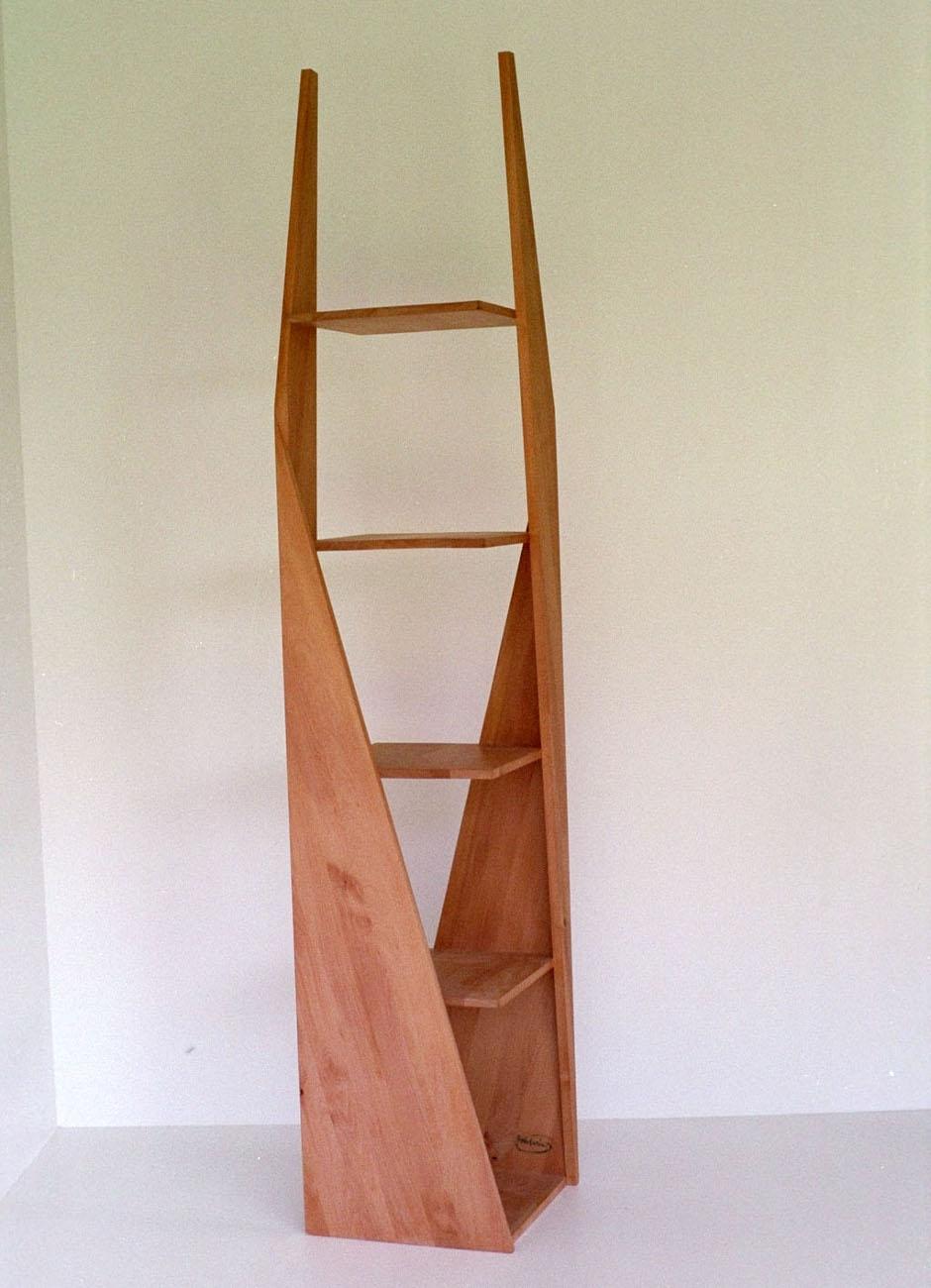 Drehregal mit Fachboden aus Holz
